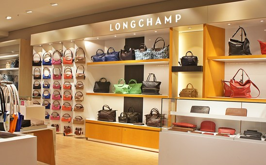 Top Benefits of Buying Your Handbags from Online Shops